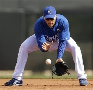 Chicago Cubs Claim Infielder Jeff Bianchi Off Waivers from the Royals