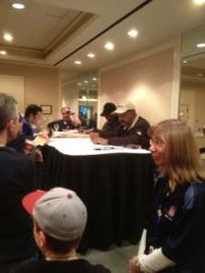 ernie signs and talks at CubsCon