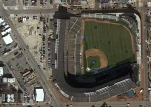 Obsessive Wrigley Renovation Watch: The Triangle Building Project is Probably Part of the Deal