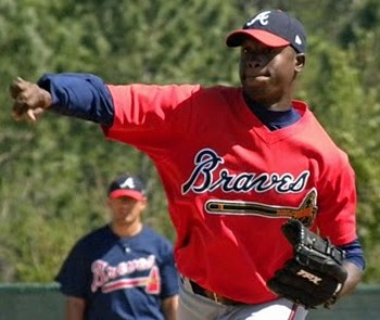 Arodys Vizcaino Won't Pitch in Spring Training and Other Bullets