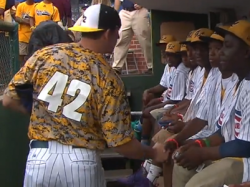 Jackie Robinson West Team from Chicago Stripped of Little League Title