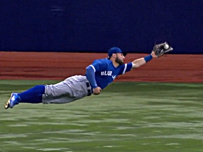 kevin pillar diving catch