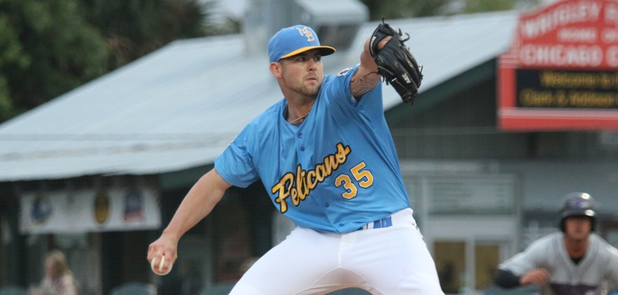 Alex-lange-pelicans-larry-kave-feature