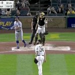 Kyle Schwarber Yanks a Shot to Give the Cubs an Early Lead (VIDEO)